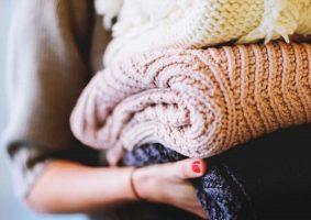 Çamaşırlarda Sirke Kullanımı (Kıyafetleri Doğal Bir Şekilde Yumuşatmak)